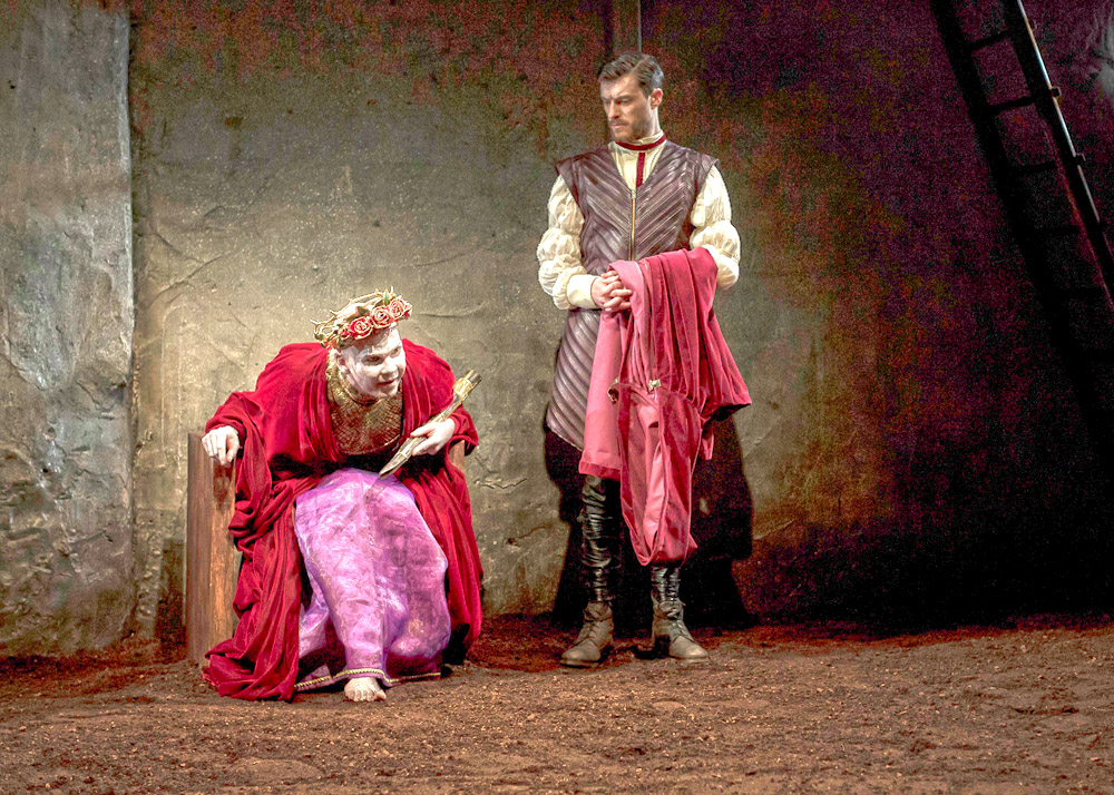 Marty Rea as Richard II and Gavin Drea Aumerle in DruidShakespeare photo by Matthew Thompson