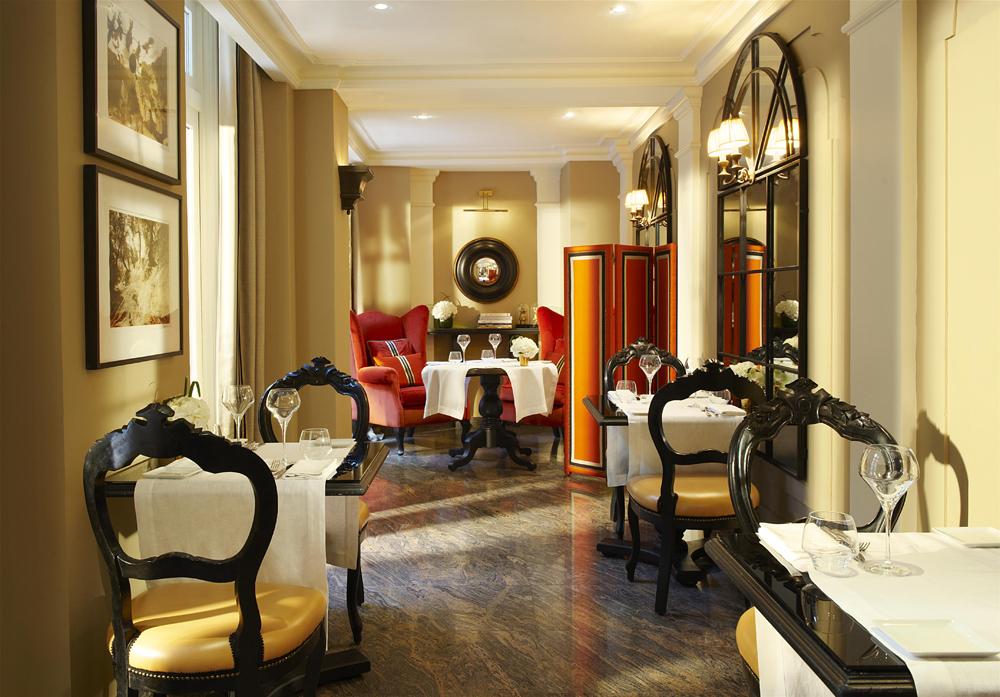 lobby of Castille Paris hotel