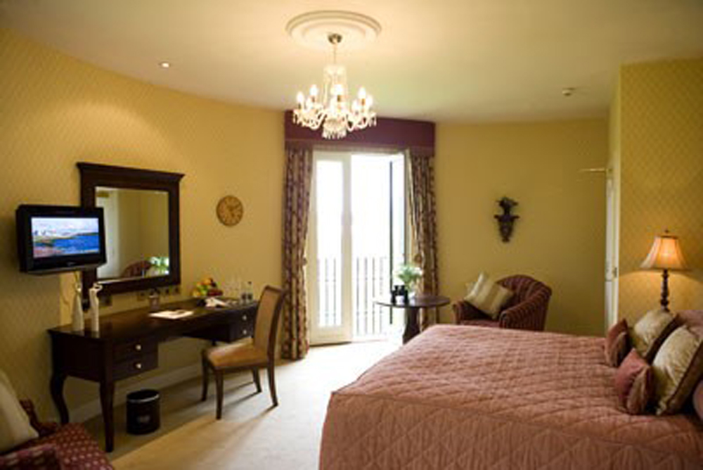 luxury accommodation Ireland, Lough Erne Resort