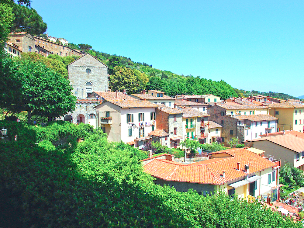 Toscan village, luxury holiday in Tuscany