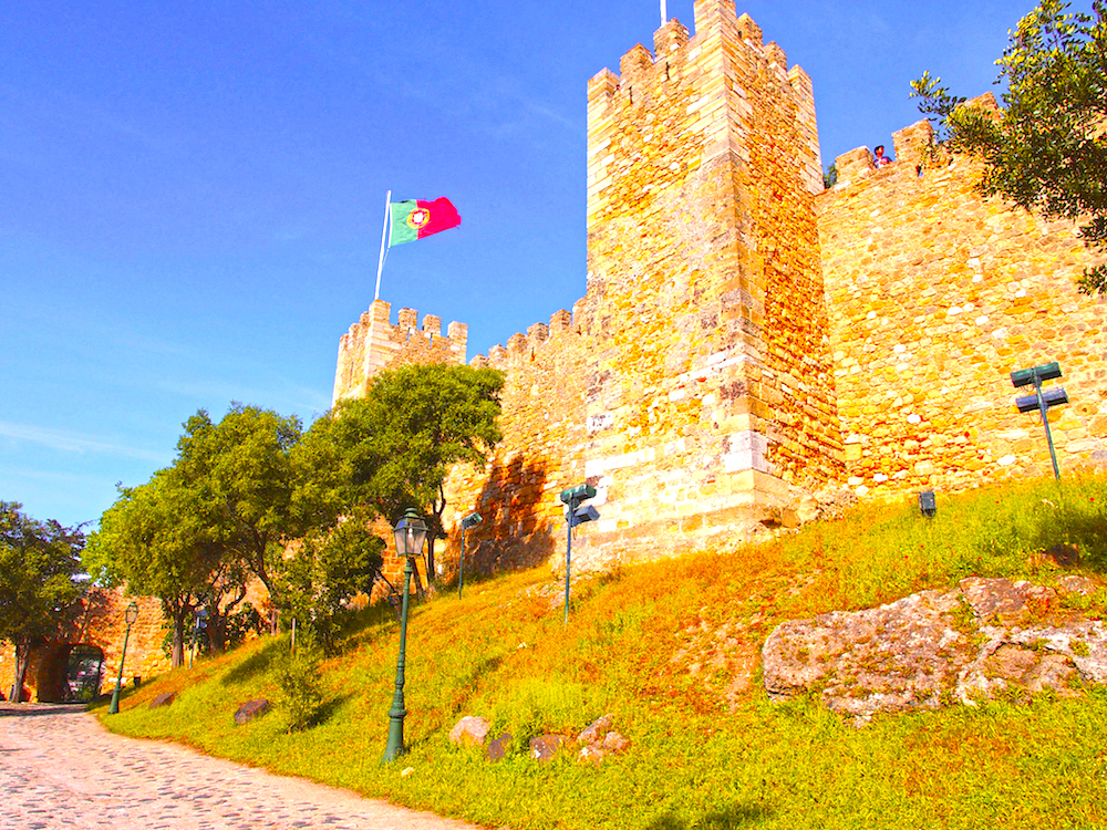 Saint George castle Lisbon, city break Lisbon
