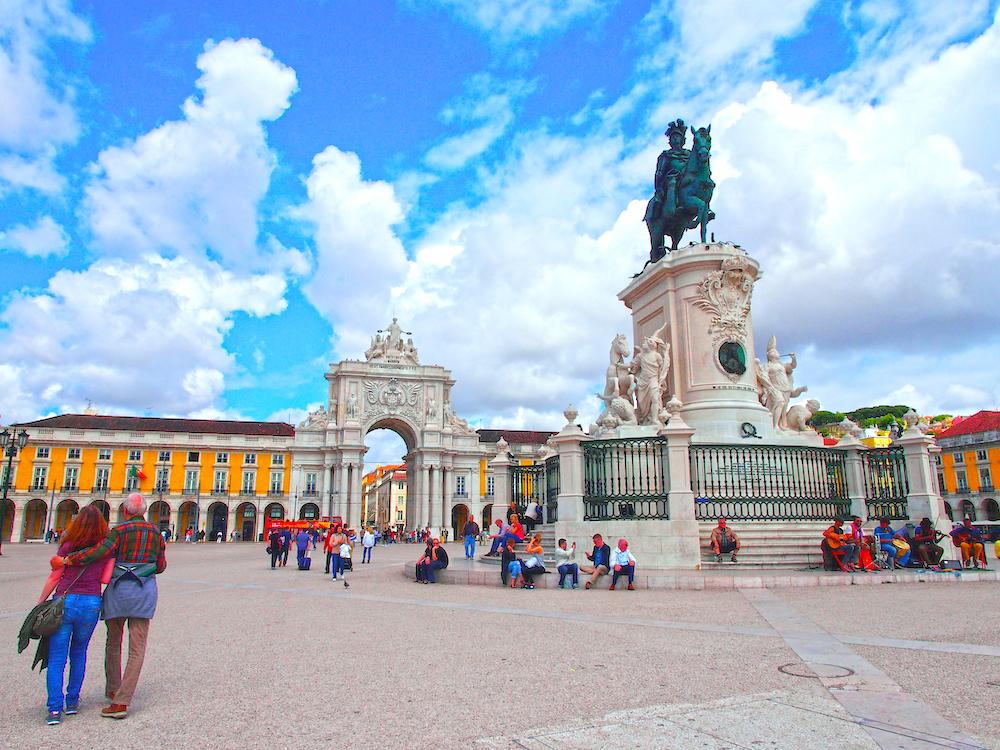 Terreiro do Paco Square, Lisbon city guide