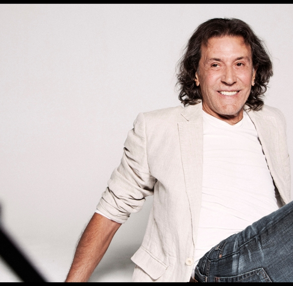 Albert Hammond songwriter, singer, European music concert