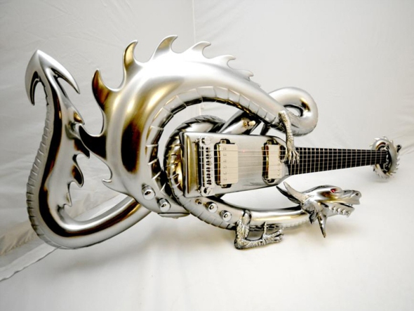 Bahmut guitar, Emerald Guitars