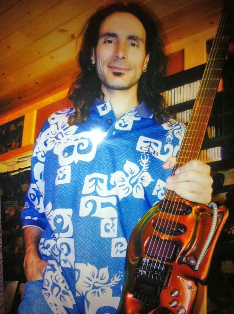 Steve Vai, famous guitars