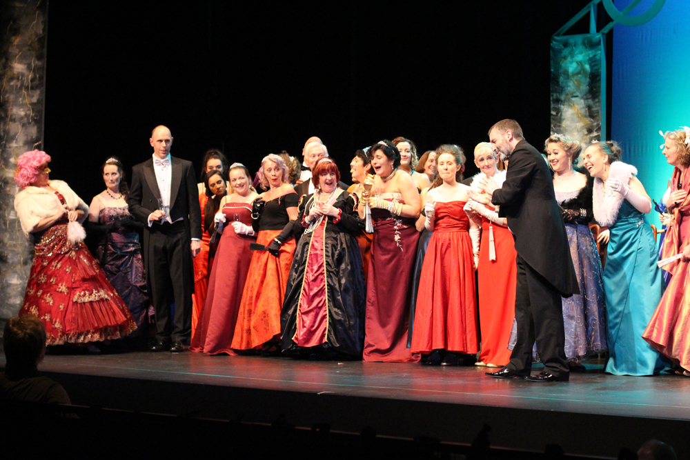 North West Opera performance, Die Fledermaus