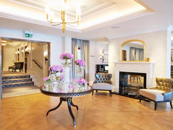 luxury hotels London,