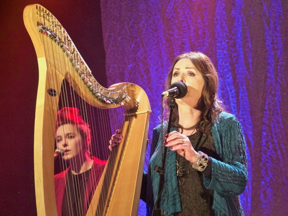 Clannad live in Donegal, Donegal musicians