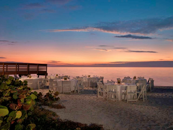 luxury travel in Naples Florida, best hotels Naples Florida, world itineraries luxury travel blog