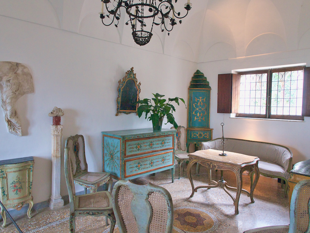 holiday on Capri, Capri island villas, axel munthe institute