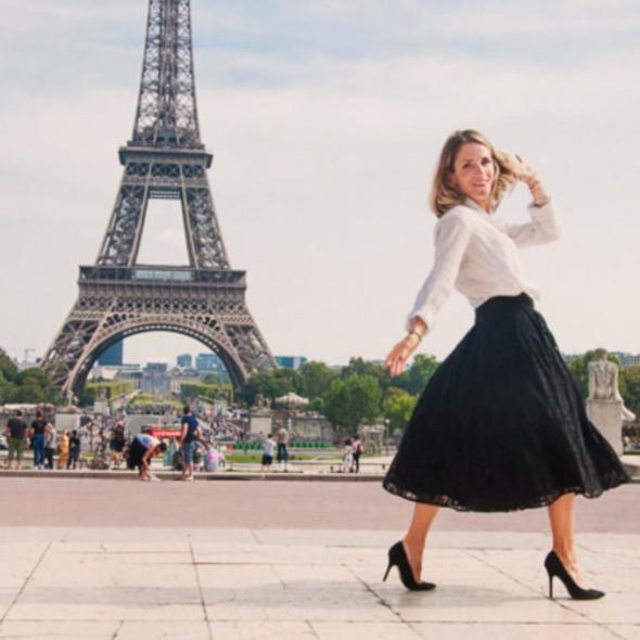 Julie Collas show, oh my god she's parisian