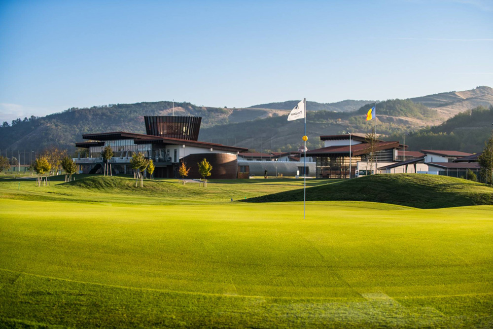 18 hole golf course romania, where to play golf in romania