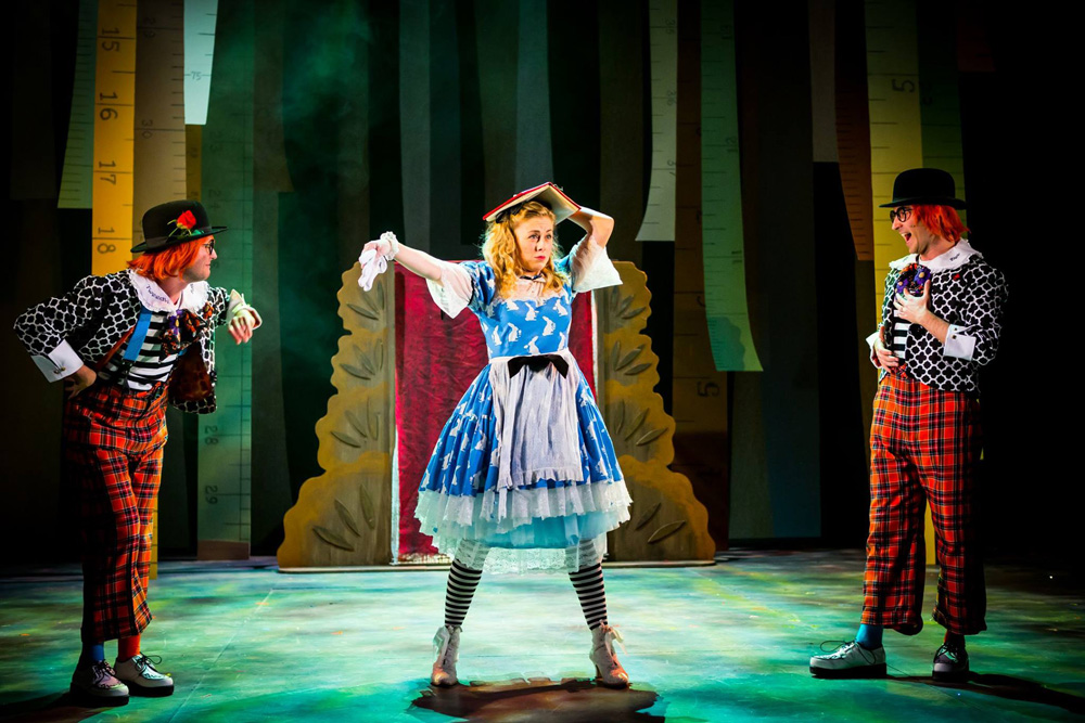 best shows in Belfast, Belfast theatre, Alice in wonderland show
