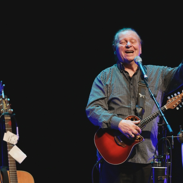 The Fureys lilve in Belfast, The fureys at waterfront hall
