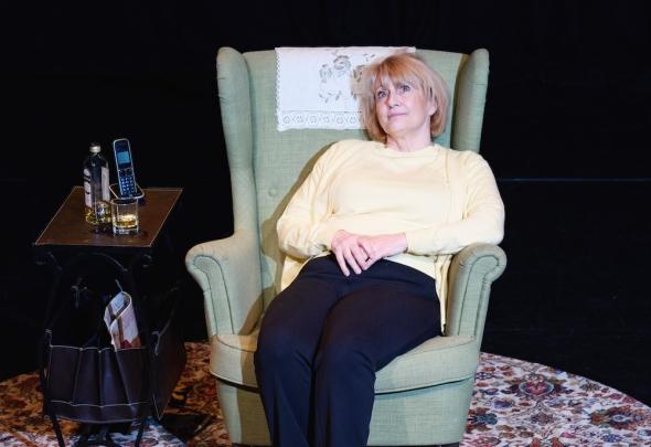 Ruby! a play, Ruby Murray singer