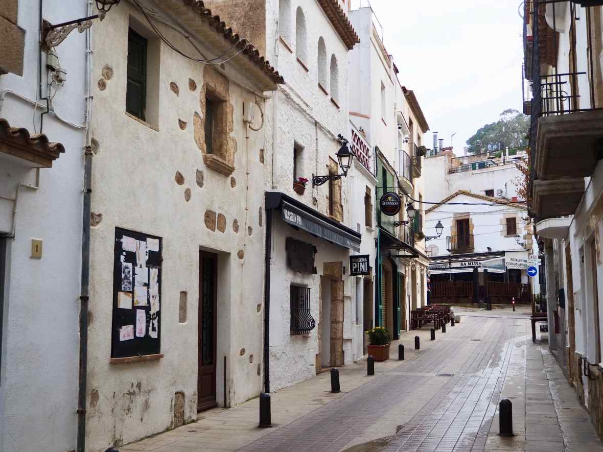 Tossa de mar, costa brava resorts, best spanish resorts