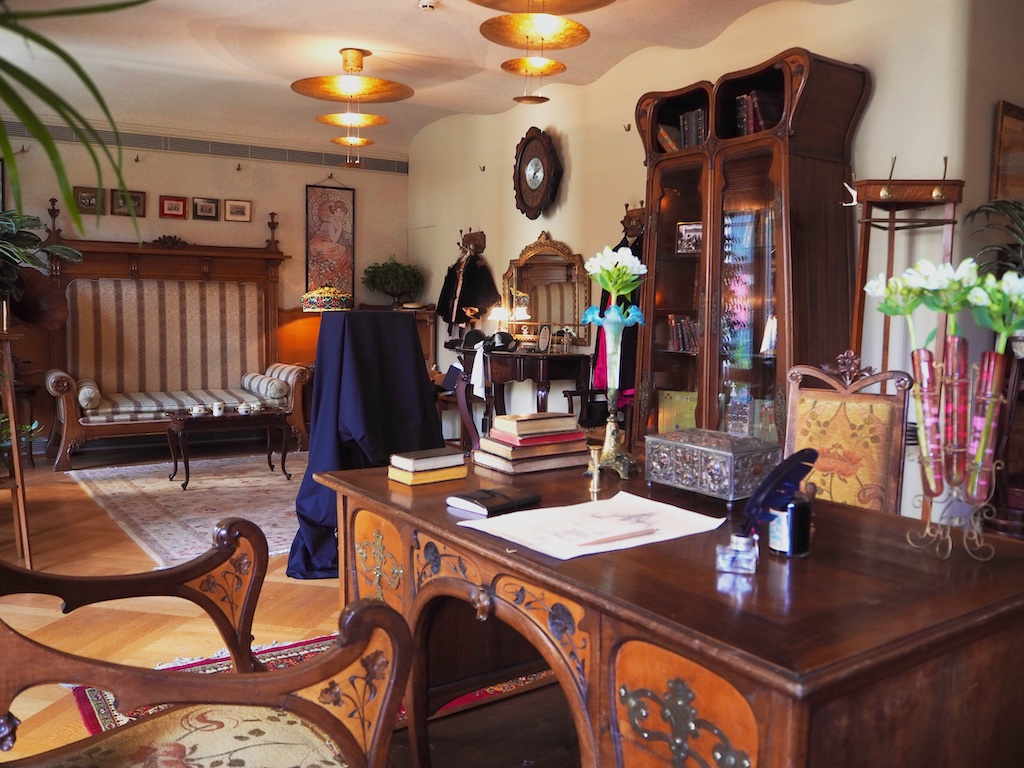 Casa Batlo, new room and original pieces Gaudi, hidden treasures barcelona