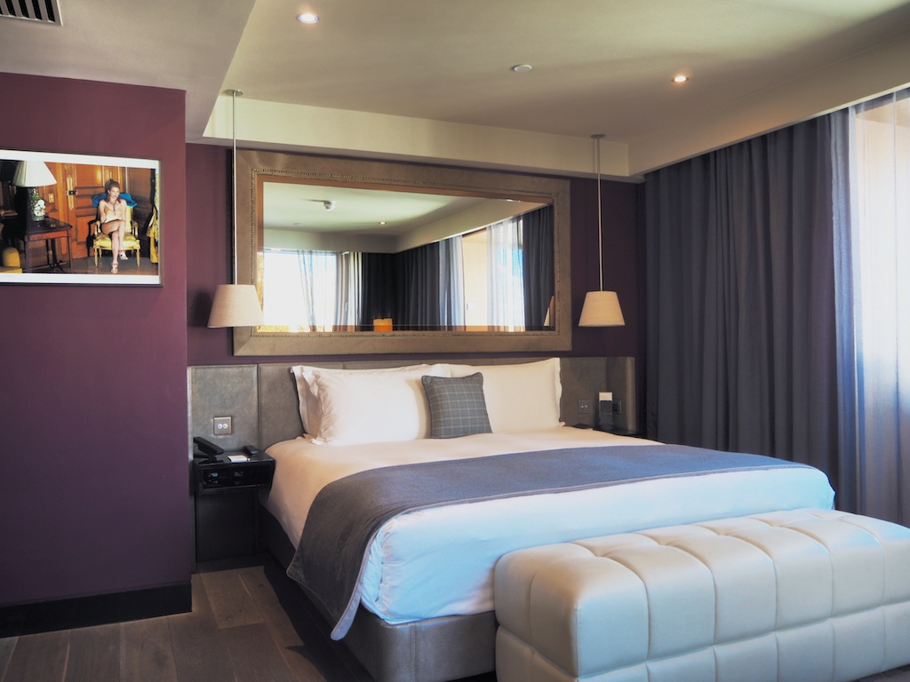 room with a view london, bedrooms in the hari london, luxury suite the hari london