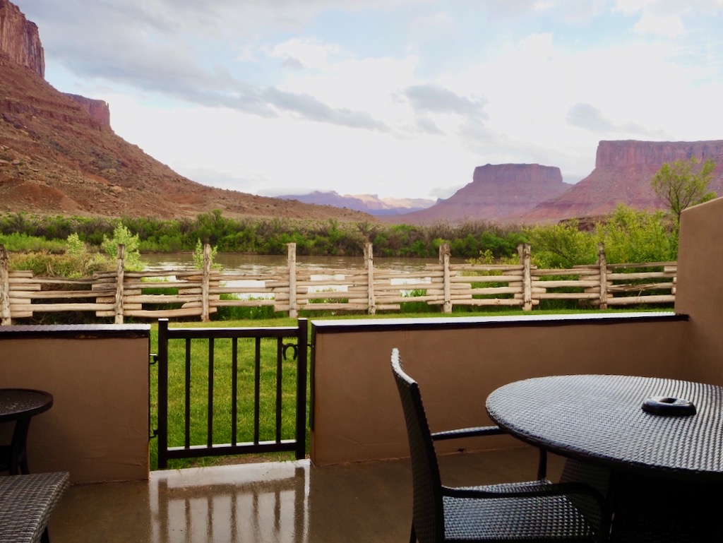 visit moab desert, best hotels in moab utah, John Ford country