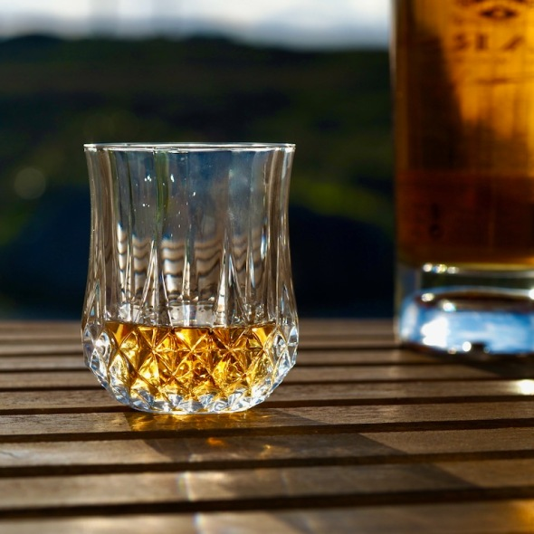 whiskey day, whisky day, world whisky day, irish whiskey, scotish whiskey