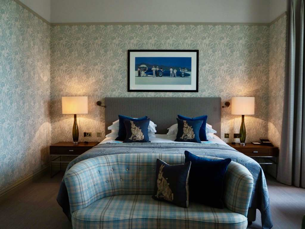 luxury bedroom edinburgh, luxury accommodation edinburgh, the balmoral