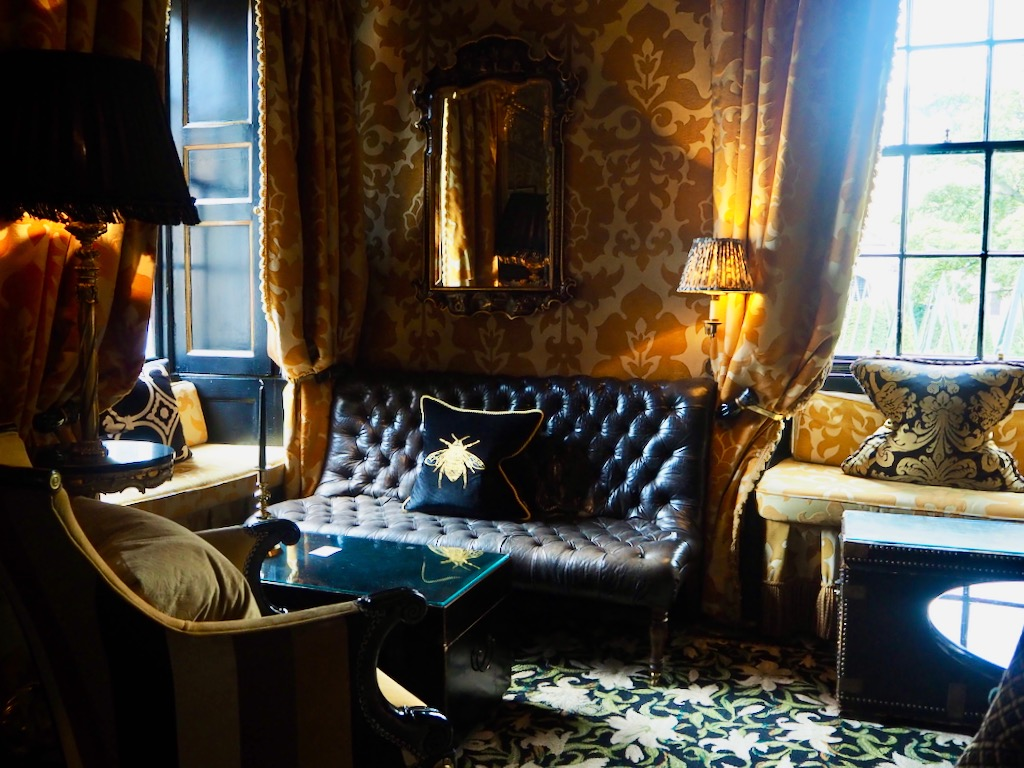 elegant hotels scotland, chic hotels edinburgh, prestonfield hotel