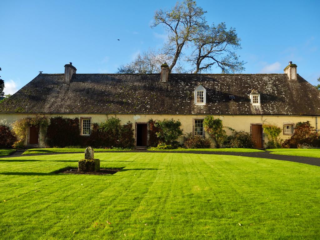 Traquair, luxury houses scotland